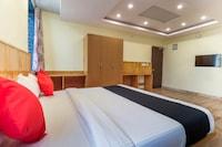 Capital O 64592 Dhanvitha Residency