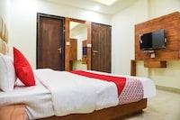 OYO 64599 Capital Hotel