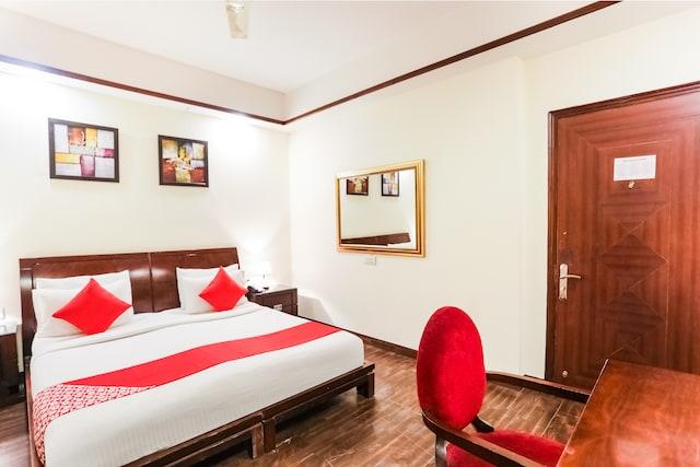 OYO 64605 Hotel Salori Inn