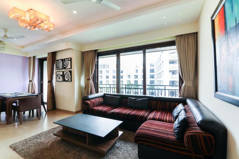 OYO Home 64685 Luxurious Grand Apartment