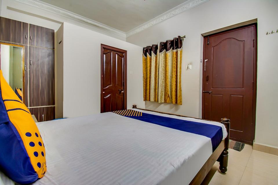 SPOT ON 64765 Gangotri Lodge