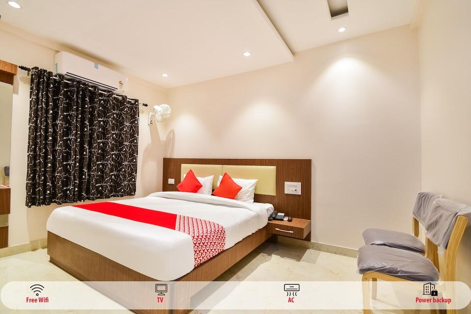 OYO 64786 Hotel Relax
