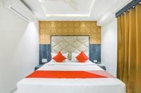 OYO 64810 Hotel Pinnacle Villa