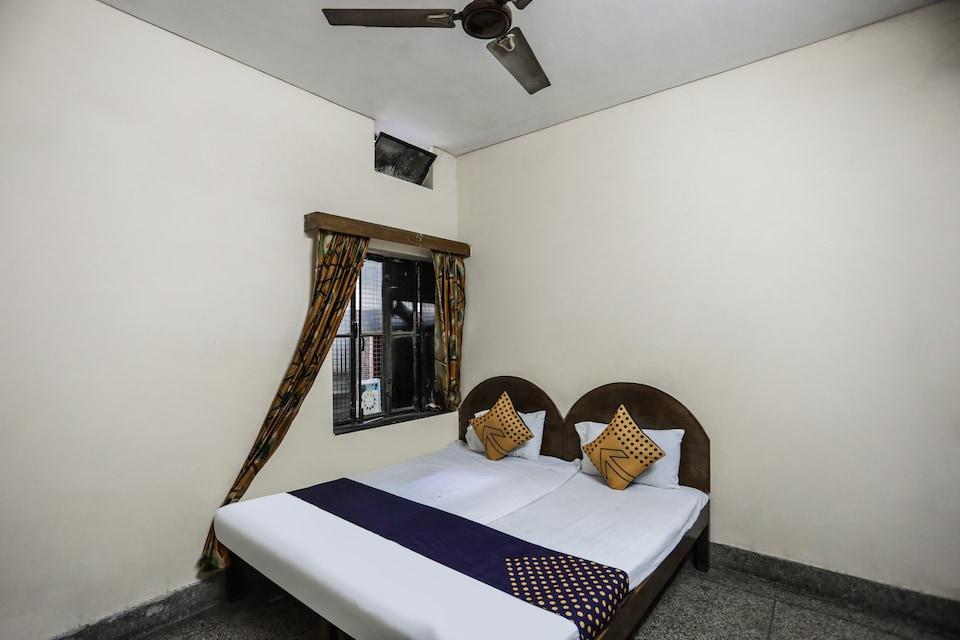 SPOT ON 64811 Hotel Ragina
