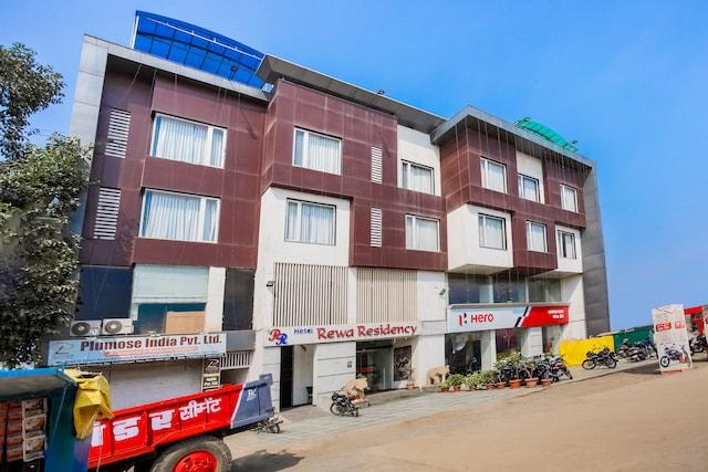 Capital O 64832 Rewa Residency
