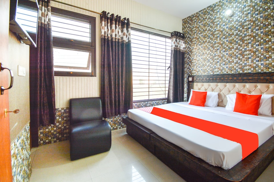 OYO 64839 Hotel Himachal