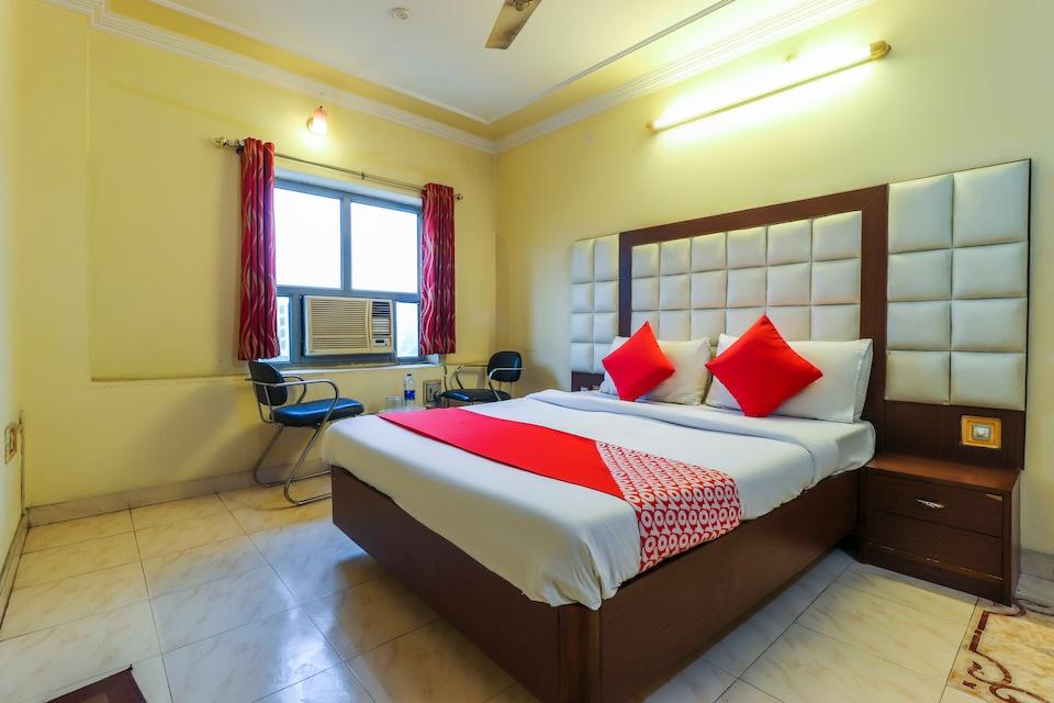 OYO 64850 Sai Vatika Guest House