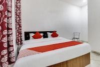 OYO 64864 Hotel Rj18