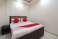 OYO 64950 Noida Park Residency
