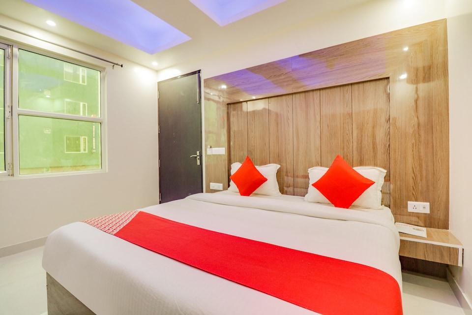 OYO 64957 Hotel Paradise, Airport Delhi, Delhi Transit