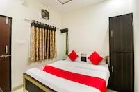 OYO 64987 Balaji Palace