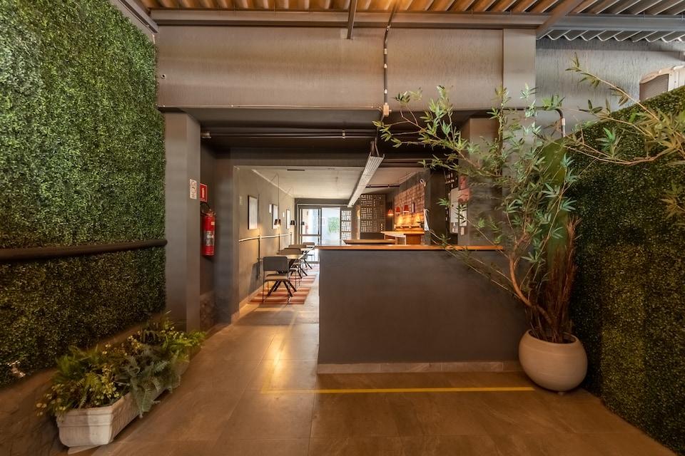 OYO Hotel Massimo Brooklin