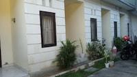 OYO 2178 Merthan House