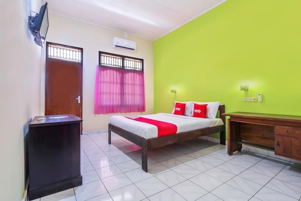 OYO 2184 Nan Berlian Inn, Legian, Bali