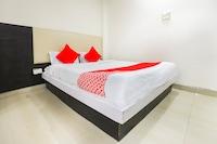 OYO 65076 Hotel Baghban