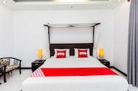 OYO 454 Monaburi Hotel