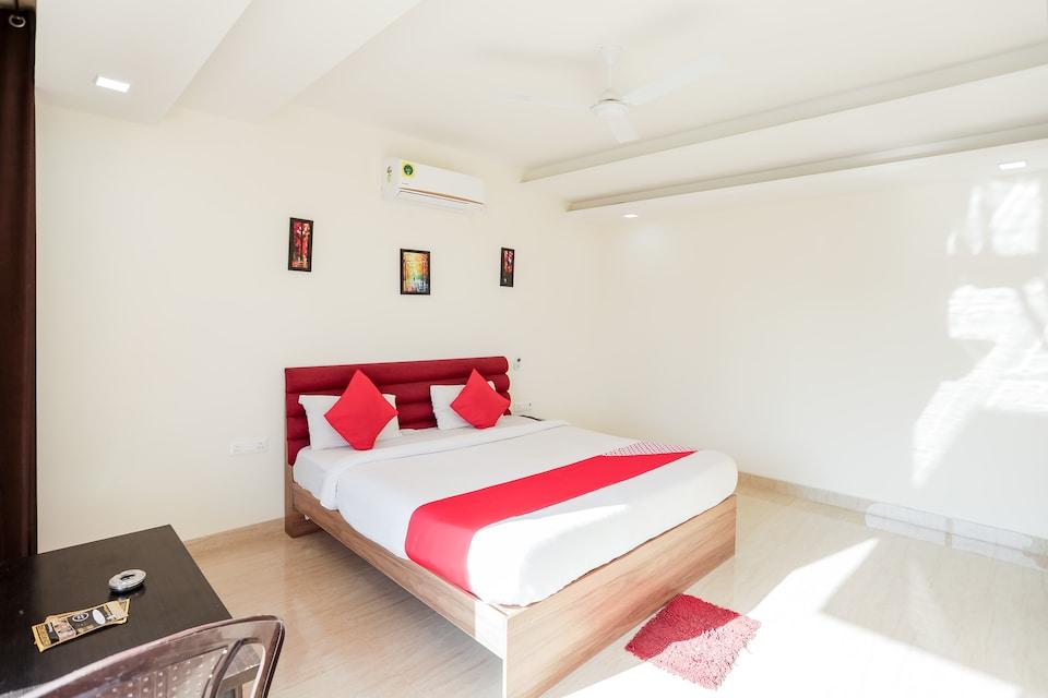 OYO 65118 Hotel Vatika