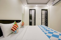 OYO Home 65120 Cozy Stay Rohini Sec-7