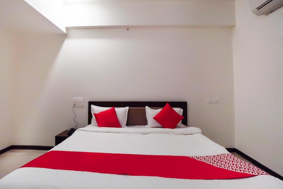 OYO 65166 Hotel Shivam, Karelibaug Vadodara, Vadodara