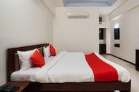 OYO 65166 Hotel Shivam