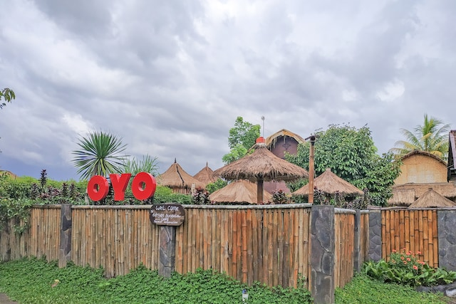 OYO 2196 Edriyan Bungalow