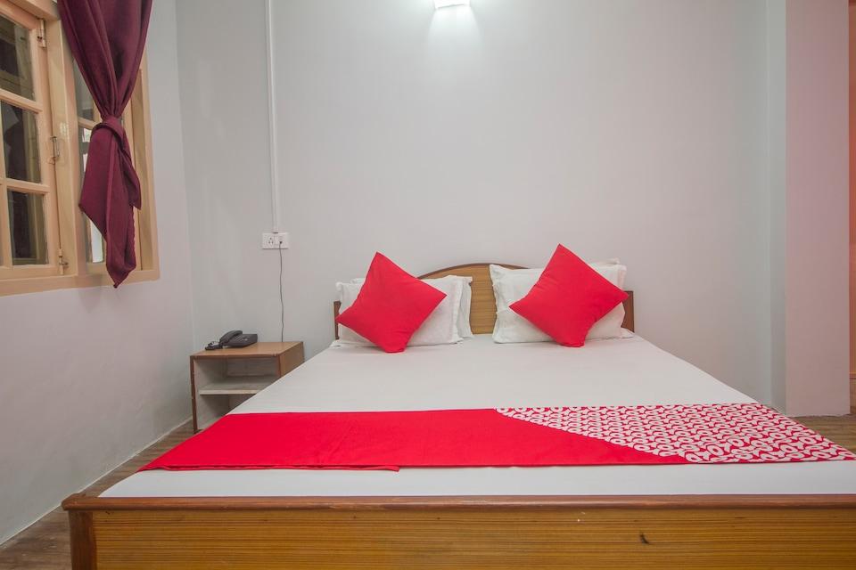 OYO 65173 Nourpem Residency