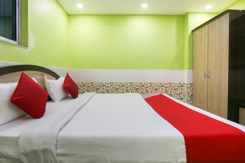 OYO 65180 Hotel Satyam