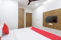OYO 65202 Epic Residency