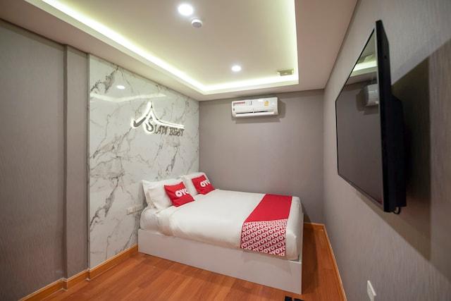 OYO 455 Siam Best 2