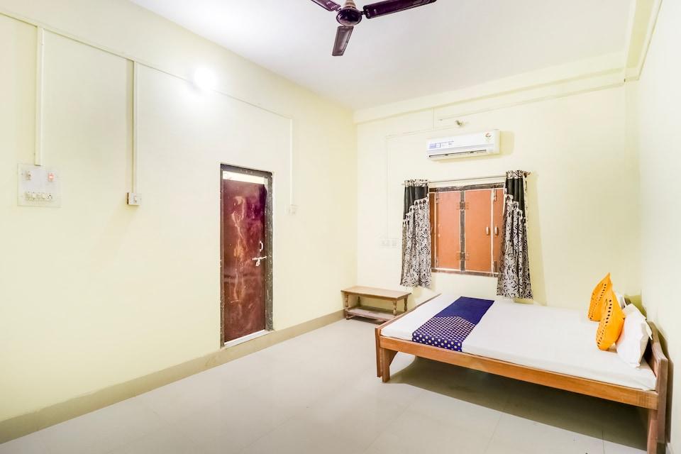SPOT ON 65246 Anupam Vatika
