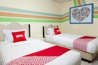 OYO 2208 Thyesza Hotel
