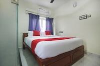 OYO 65283 Niraj Residency Deluxe