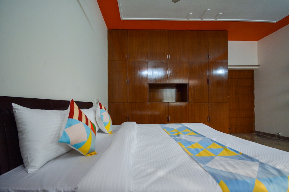 OYO Home 65300 Peaceful Stay