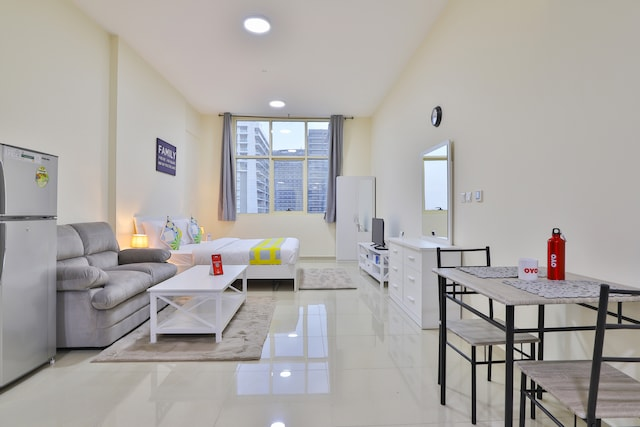 OYO 392 Home Frankurt sports tower, studio, Sports City,Dubai