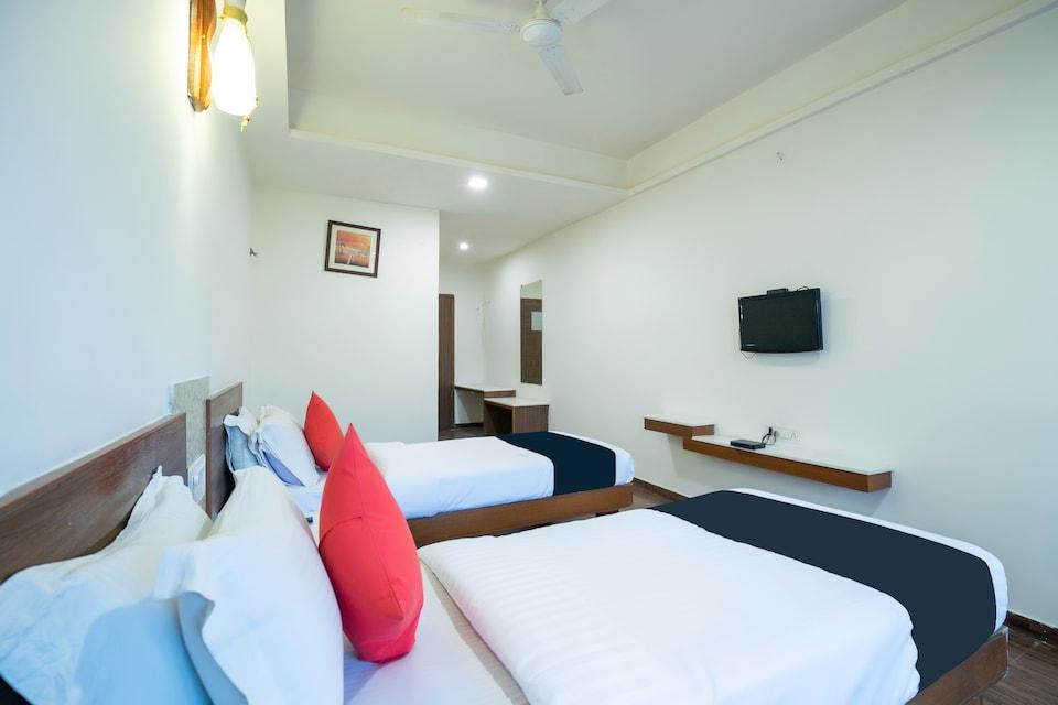 Capital O 65402 Hotel Laxmi Inn
