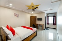 OYO 65421 Nakshatra Suites And Function Hall