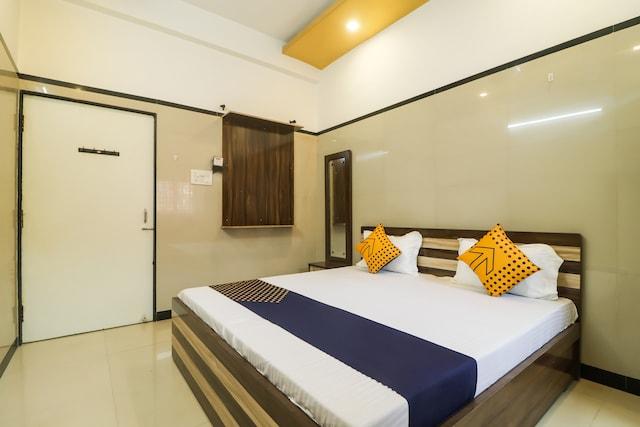 SPOT ON 65446 Hotel Kingston