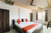 OYO 65456 Hotel Safari  Deluxe
