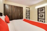OYO 65500 Rohini Inn
