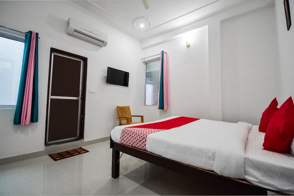 OYO 65508 The Indraj House