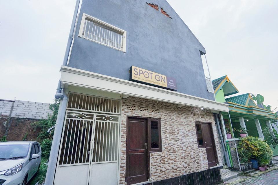 SPOT ON 2219 Madina Residence Syariah