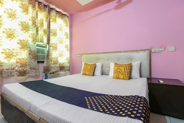 SPOT ON 65535 Hotel Abhinandan SPOT