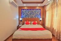 OYO 676 Hotel Maalaxmi Inn