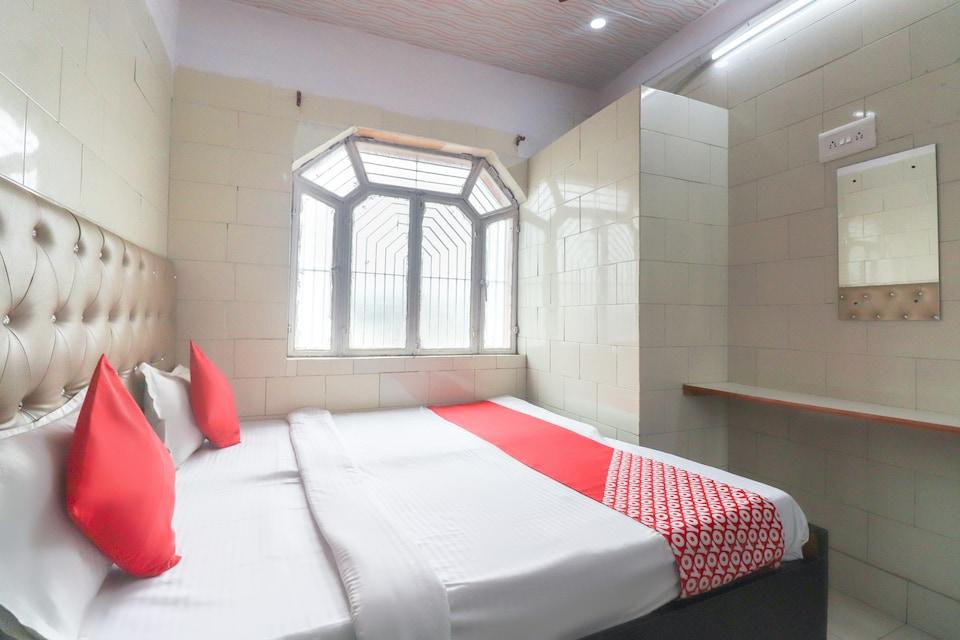 OYO 65600 Hotel Namaste Taj - Tajview Cafe