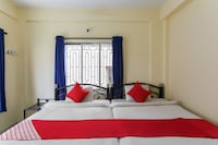 OYO 65602 Rudranil Guest House