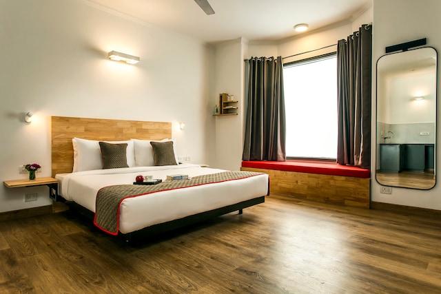 OYO Townhouse 454 Hotel Hill Inn