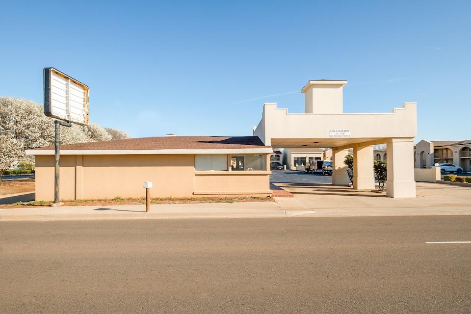 OYO Hotel Elk City OK Route 66, C73628, Elk City OK