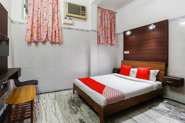 OYO 65719 Sree Ganesh Mahal