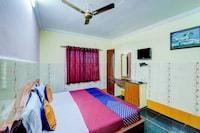SPOT ON 65737 Sri V R Sai Ram SPOT