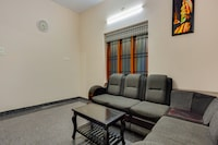 OYO Home 65750 Elegant + Bedroom With Attached Bathroom, Common Living And Kitchen + Residential